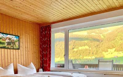 http://kleinwalsertal-fewo.de/wp-content/uploads/2020/09/Apartmenthaus-ahorn-almblick400x250.jpg
